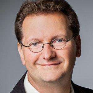 Dr. Damian Kaufmann