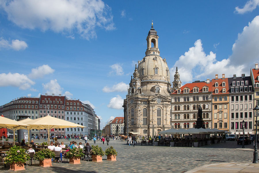 Dresden - Neumarkt mit Frauenkirche