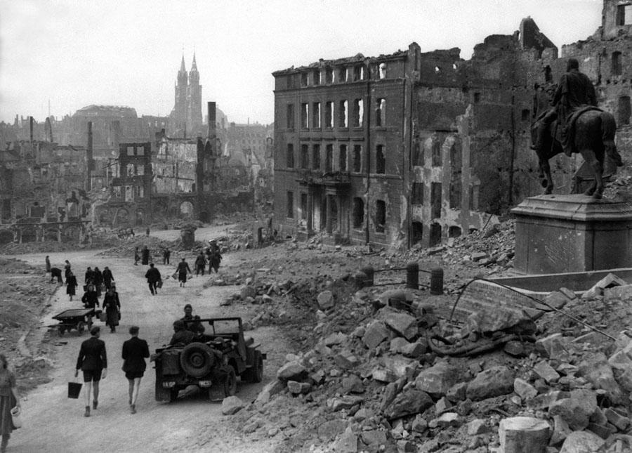 Die zerstörte Altstadt von Nürnberg 1945