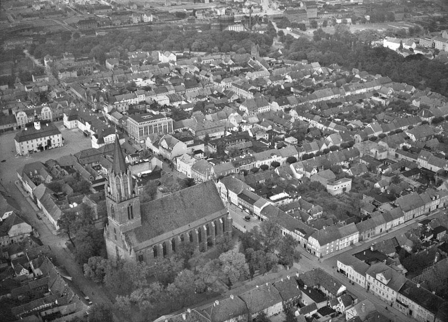 Luftbild von Neubrandenburg 1943