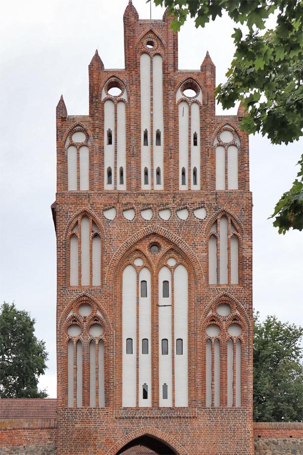 Neubrandenburg - Treptower Tor