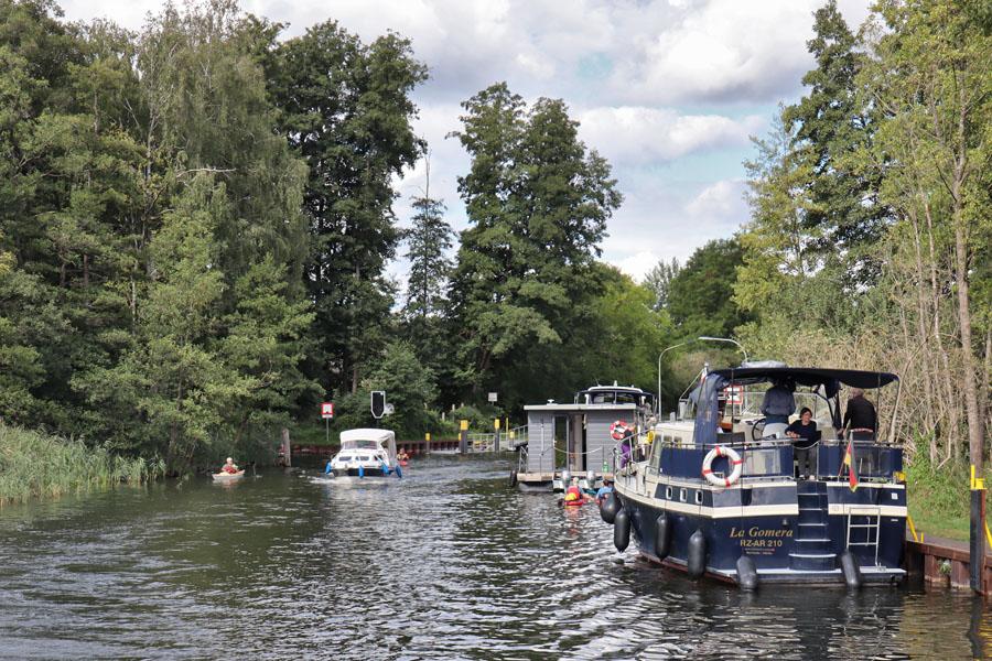 Kanal in der Mecklenburgische Seenplatte