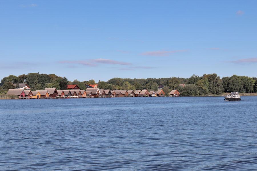 Bootshäuser am Mirower See