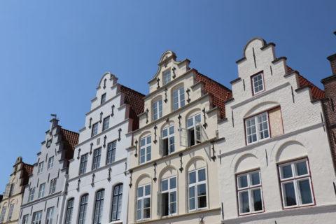 Friedrichstadt - Giebelhäuser am Markt
