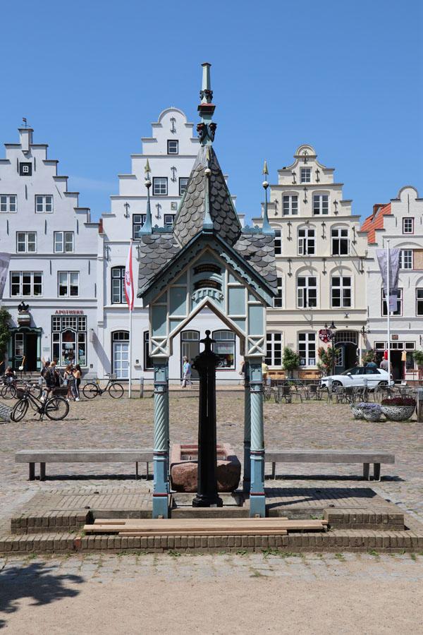 Friedrichstadt - Pumpenhäuschen