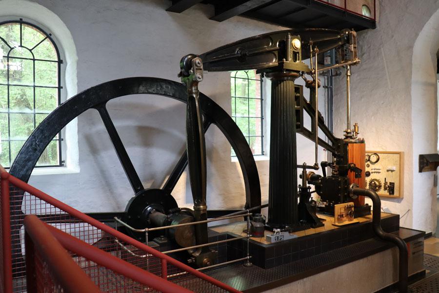 Balancier-Dampfmaschine im Museum Industriekultur