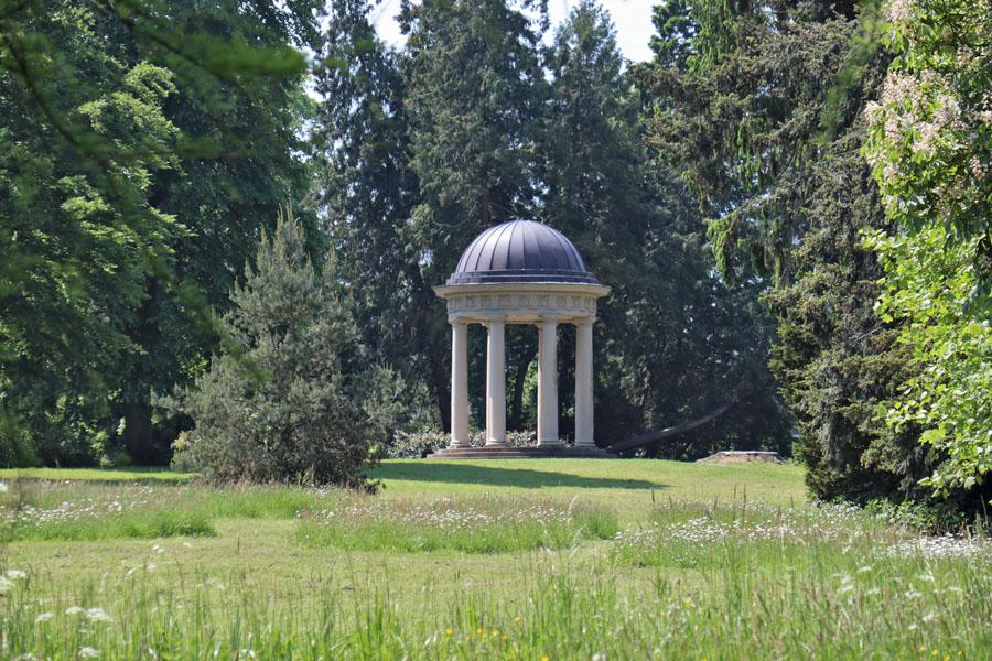 Eutin - Monopteros im Schlossgarten
