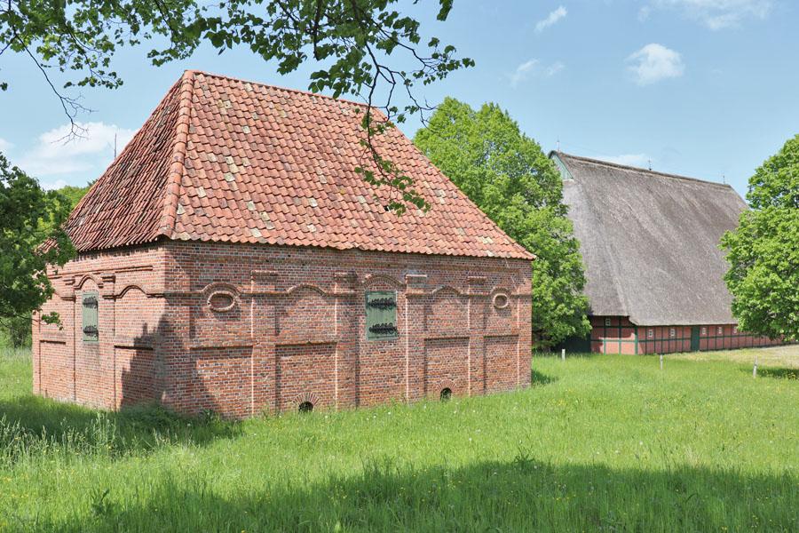 Freilichtmuseum Molfsee - Speicher aus Osterbelmhusen